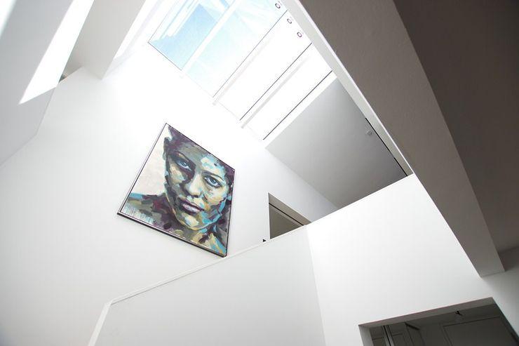 Umbau Haus K, Treppenhaus Architekten Lenzstrasse Dreizehn Moderner Flur, Diele & Treppenhaus