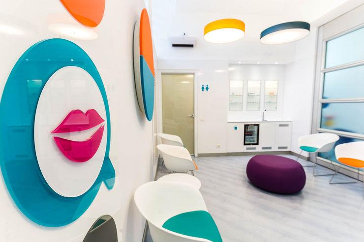 sala da aspetto ADIdesign* studio Cliniche moderne