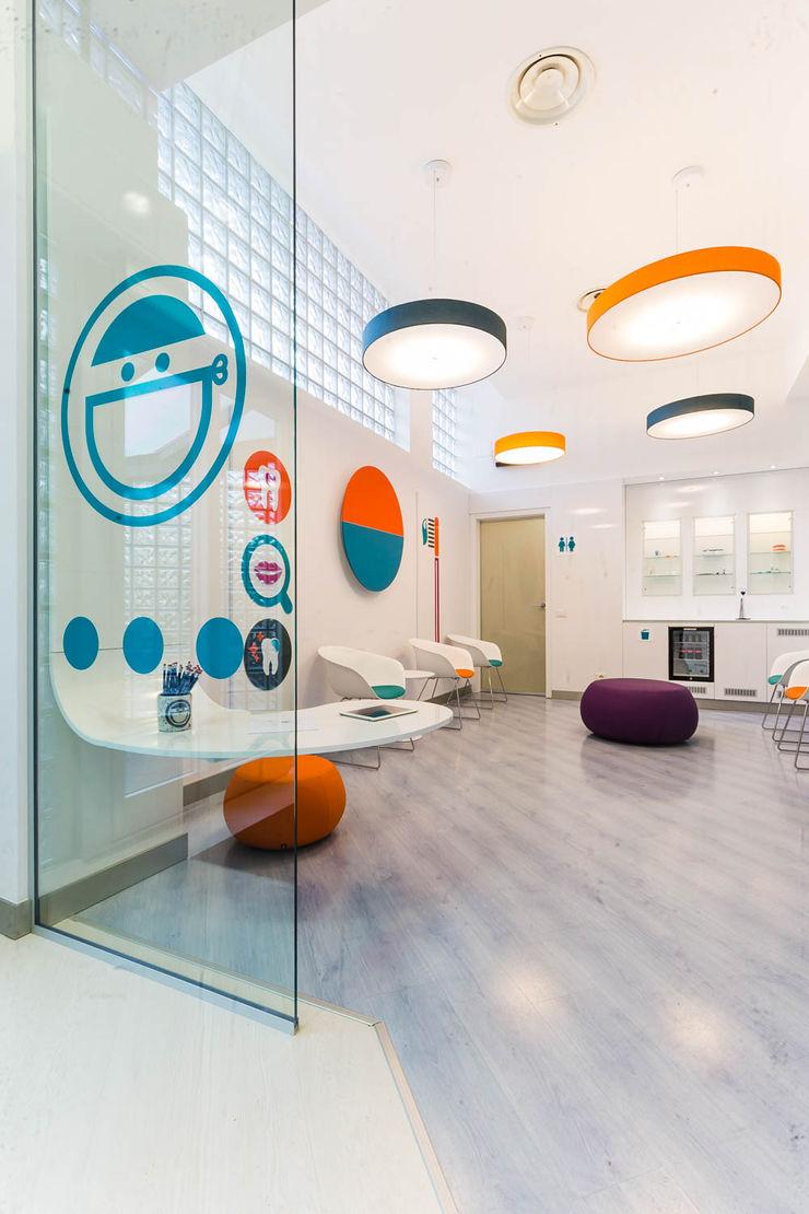 ingresso ADIdesign* studio Spazi commerciali moderni