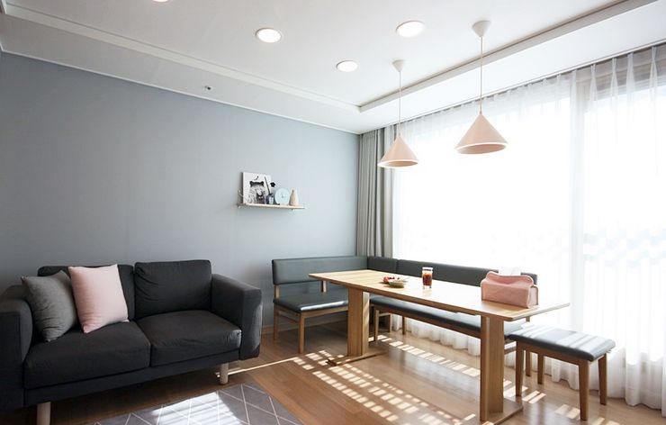 핑크 포인트 새아파트 신혼집 홈스타일링 homelatte 스칸디나비아 거실