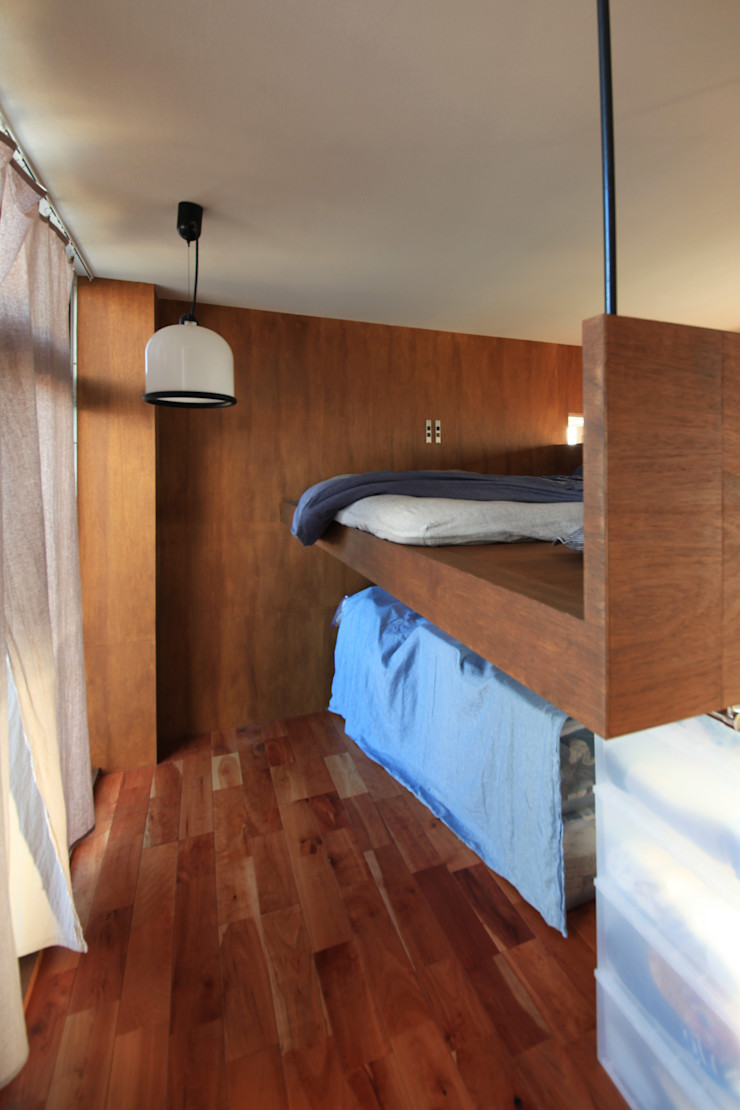 の ざ き 設 計 Dormitorios de estilo minimalista