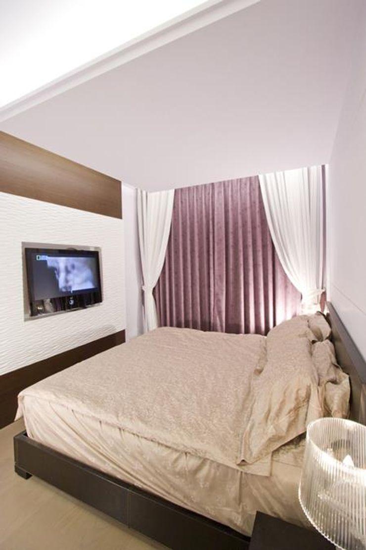 主臥室 Hi+Design/Interior.Architecture. 寰邑空間設計 Eclectic style bedroom