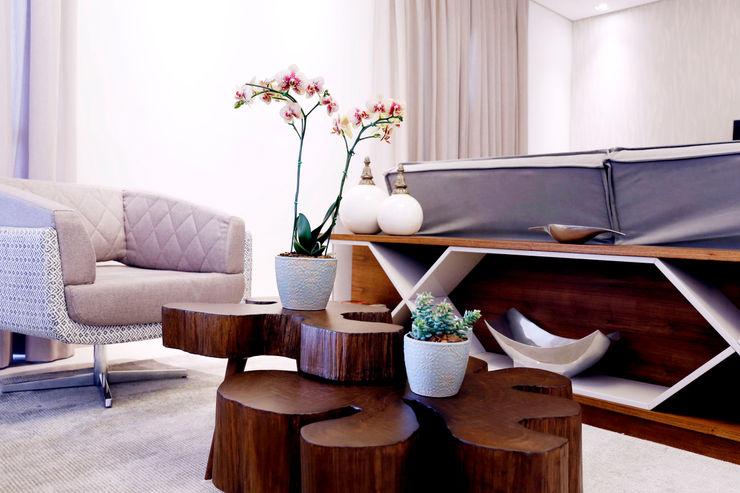 Sala de estar Haus Brasil Arquitetura e Interiores Salas de estar rústicas Cinza