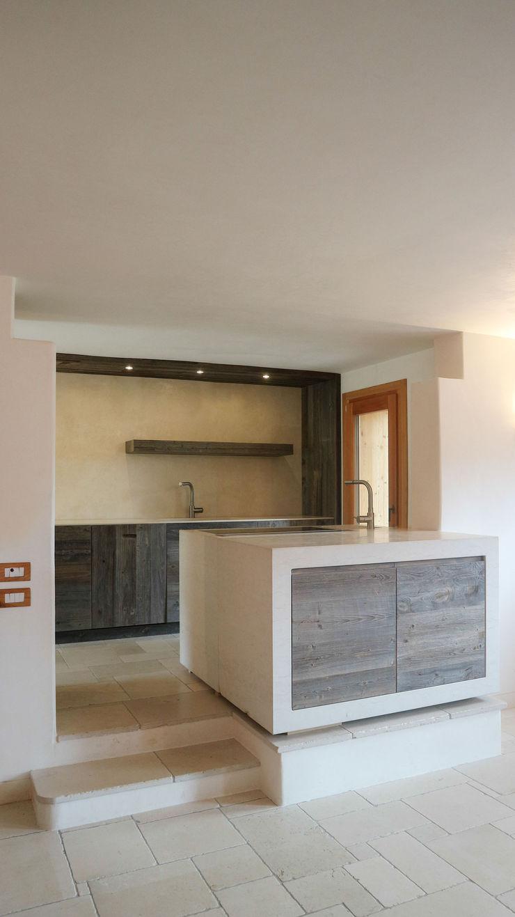 Design and functionality in your kitchen RI-NOVO Cucina attrezzata Legno Marrone