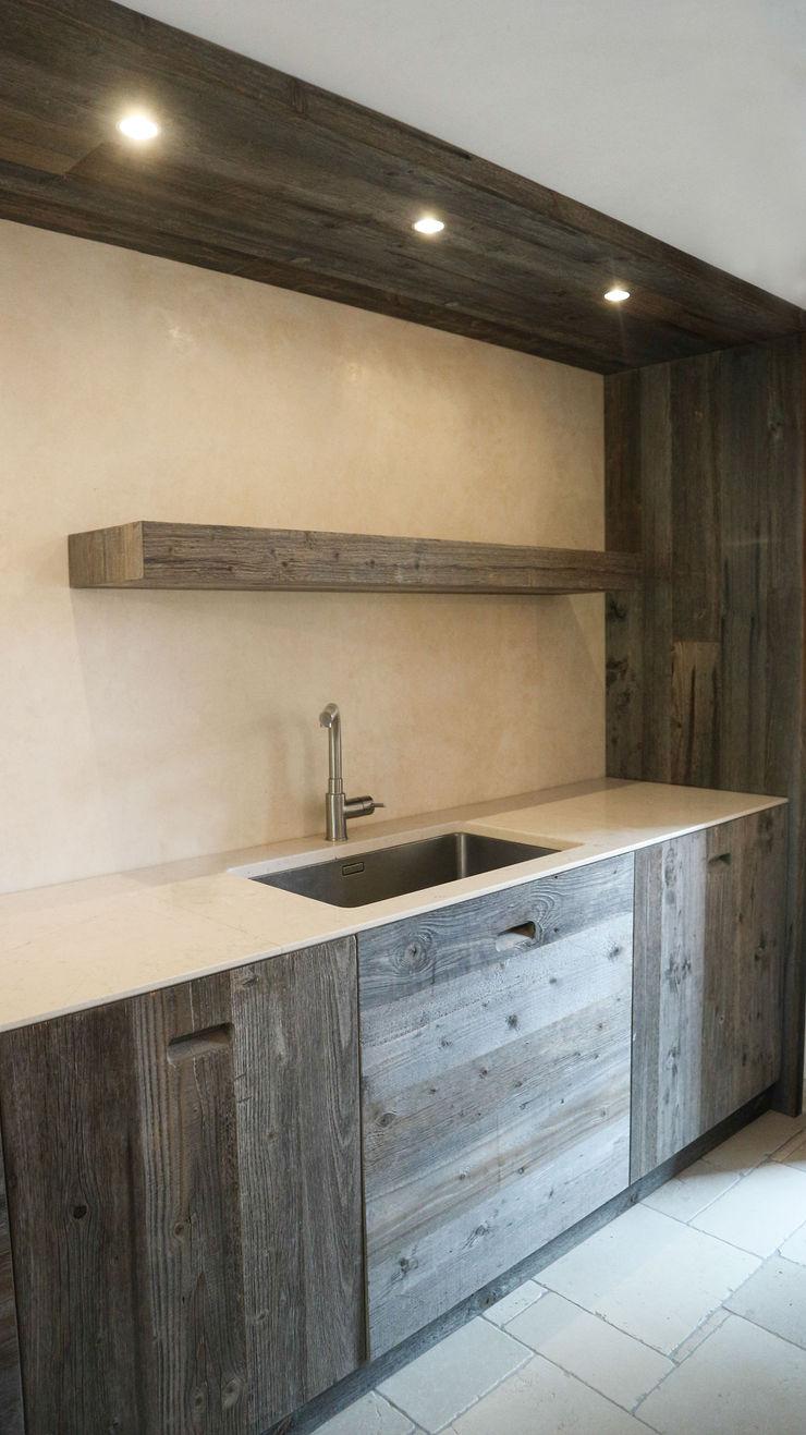 Design and functionality in your kitchen RI-NOVO CucinaLavandini & Rubinetti Legno Marrone