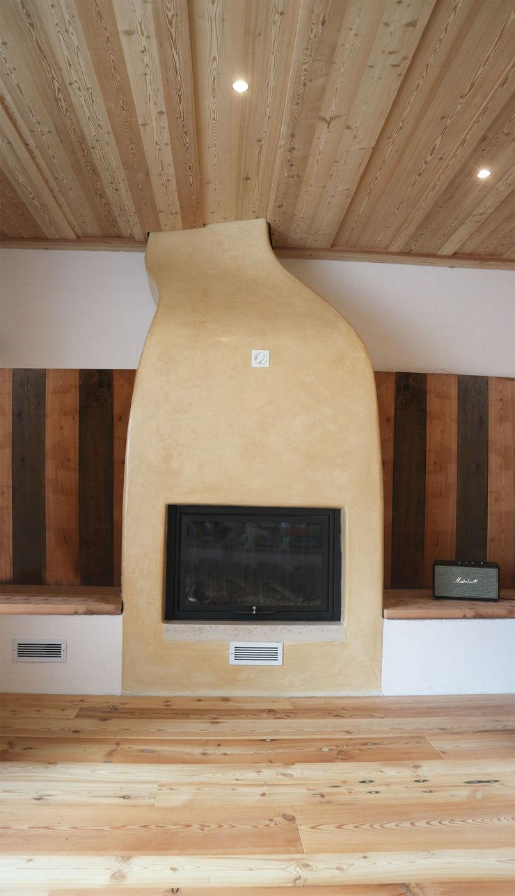Design and functionality in your kitchen RI-NOVO Soggiorno in stile rustico Legno Marrone