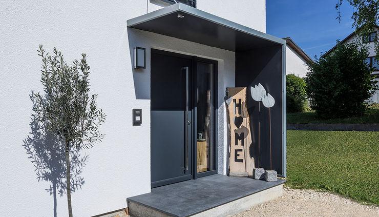 KitzlingerHaus GmbH & Co. KG Single family home Engineered Wood