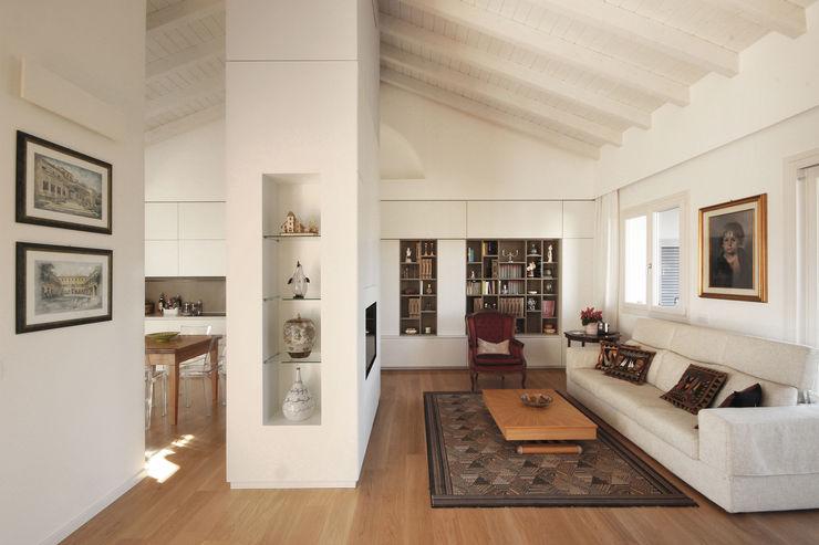 Salotto Moderno JFD - Juri Favilli Design Soggiorno moderno Legno Bianco