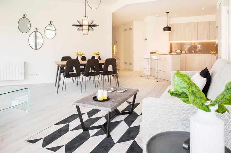 Salón comedor Markham Stagers Salones de estilo moderno Blanco
