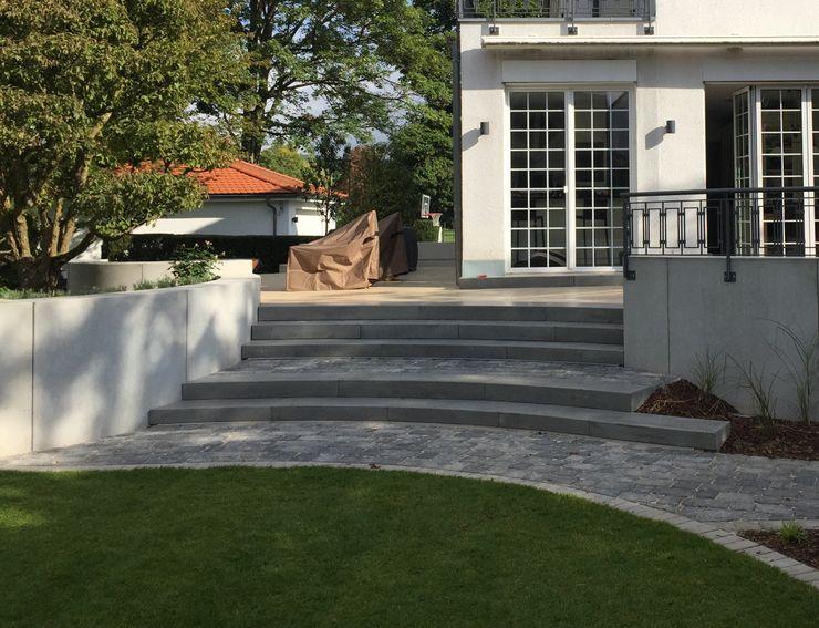 gleicher Bildstandort nach der Umgestaltung dirlenbach - garten mit stil Ausgefallener Garten