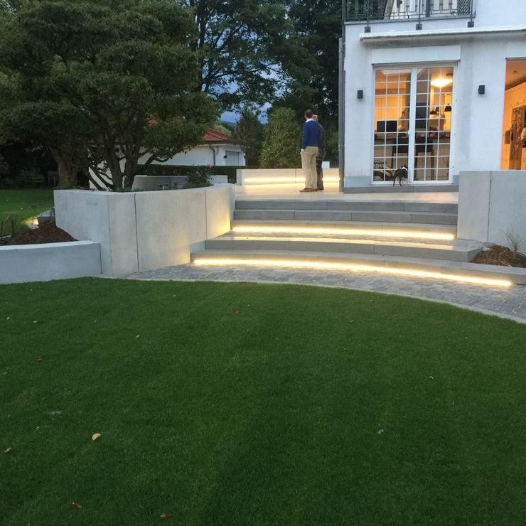 und nochmal gleicher Standort mit eingeschalteter Beleuchtung dirlenbach - garten mit stil Ausgefallener Garten