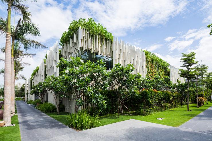 Naman Retreat Pure Spa MIA Design Studio Khu Thương mại