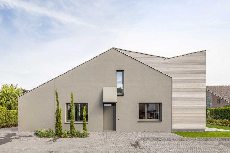 Kerzenmanufaktur Ansicht ZHAC / Zweering Helmus Architektur+Consulting Moderne Häuser Holz Grau