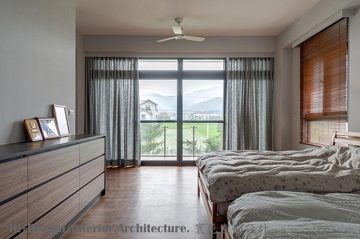 二樓主臥室 Hi+Design/Interior.Architecture. 寰邑空間設計 Modern Bedroom