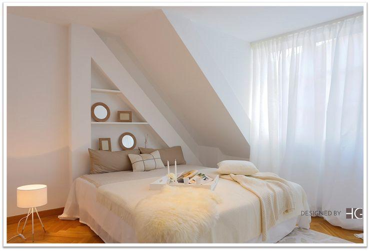 Loft - Schlafzimmer in Naturtönen Münchner home staging Agentur GESCHKA Minimalistische Schlafzimmer