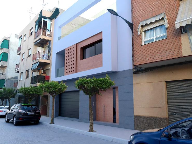 NUÑO ARQUITECTURA Terrace house Chipboard White