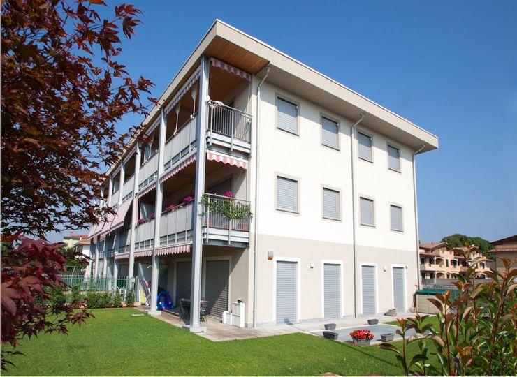 Condominio in legno a Milano, Carugate Novello Case in Legno Casa di legno Legno Bianco