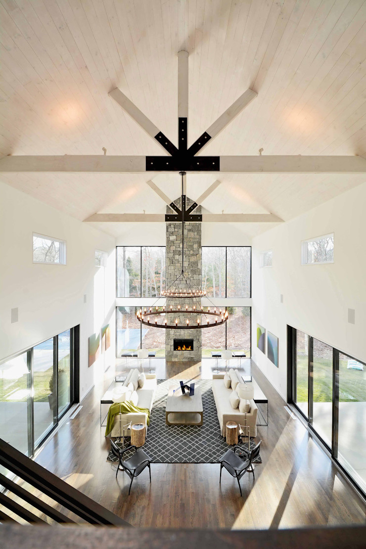 The Modern Barn by Plum Builders Inc. featuring Dunhill Reserve Plum Builders Modern living room Glass White