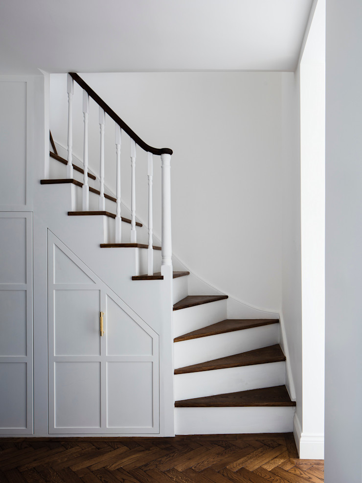 Upper staircase Brosh Architects Stairs Wood White