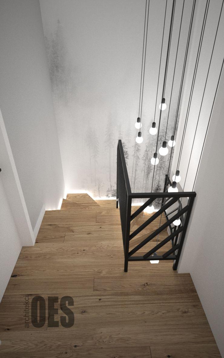 OES architekci Pasillos, vestíbulos y escaleras minimalistas Madera maciza Blanco