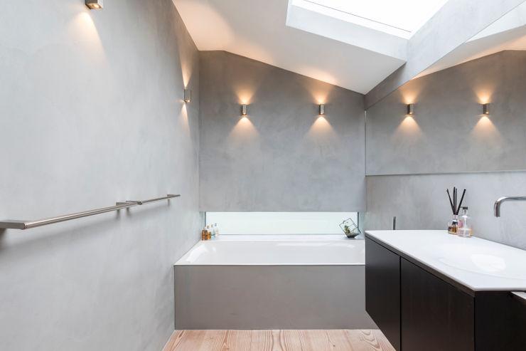 Microcement Bahtroom Cemlux Modern bathroom Concrete Grey