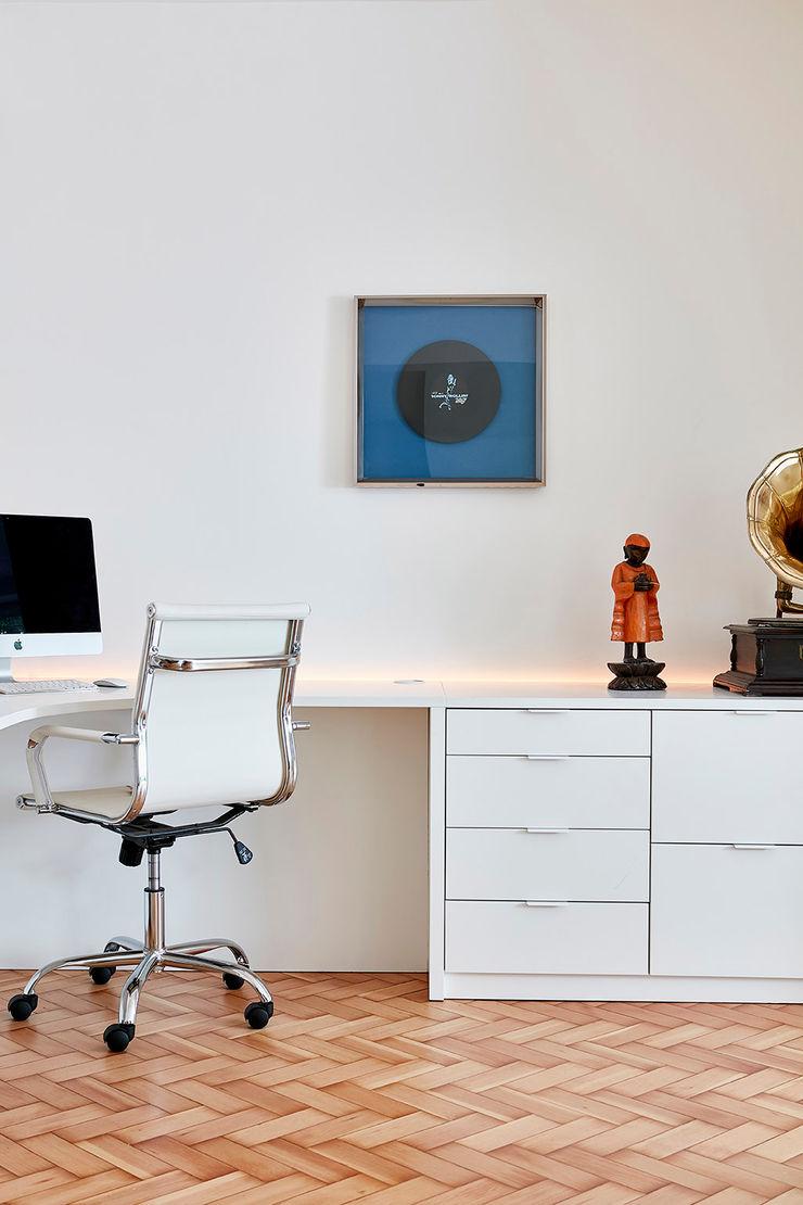Highgate Home Refurbishment Patience Designs Studio Ltd غرفة المعيشة