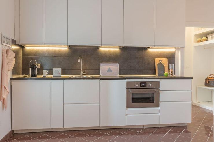 Anna Leone Architetto Home Stager Cozinhas minimalistas