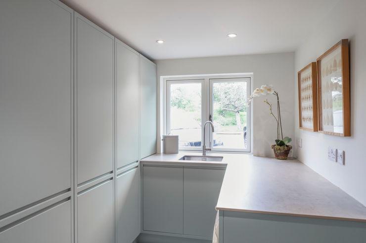 Aston Upthorpe - Handleless In-Frame Kitchen cu_cucine Modern Mutfak