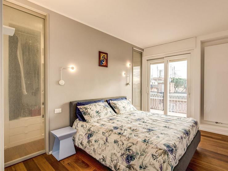OJETTI MOB ARCHITECTS Camera da letto moderna