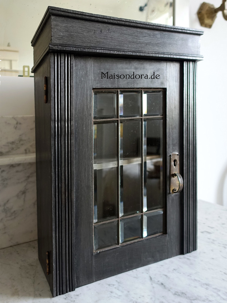 Maisondora Vintage Living Corridor, hallway & stairsStorage Wood Black