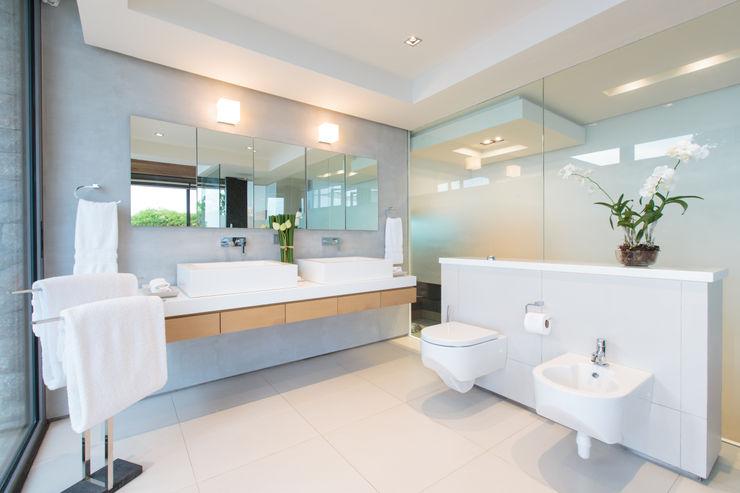 Original Vision Modern bathroom