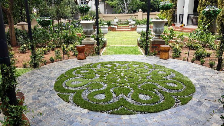 Waterkloof heights Gorgeous Gardens Classic style garden