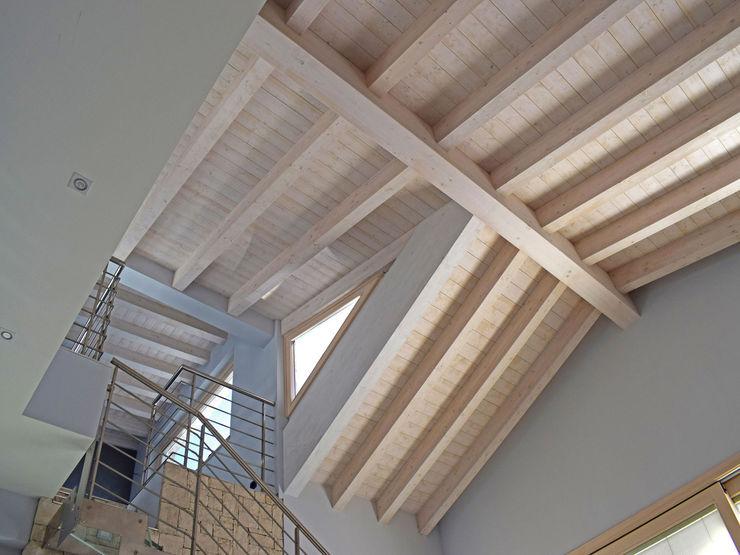 Villa classica in legno Marlegno Tetto Legno