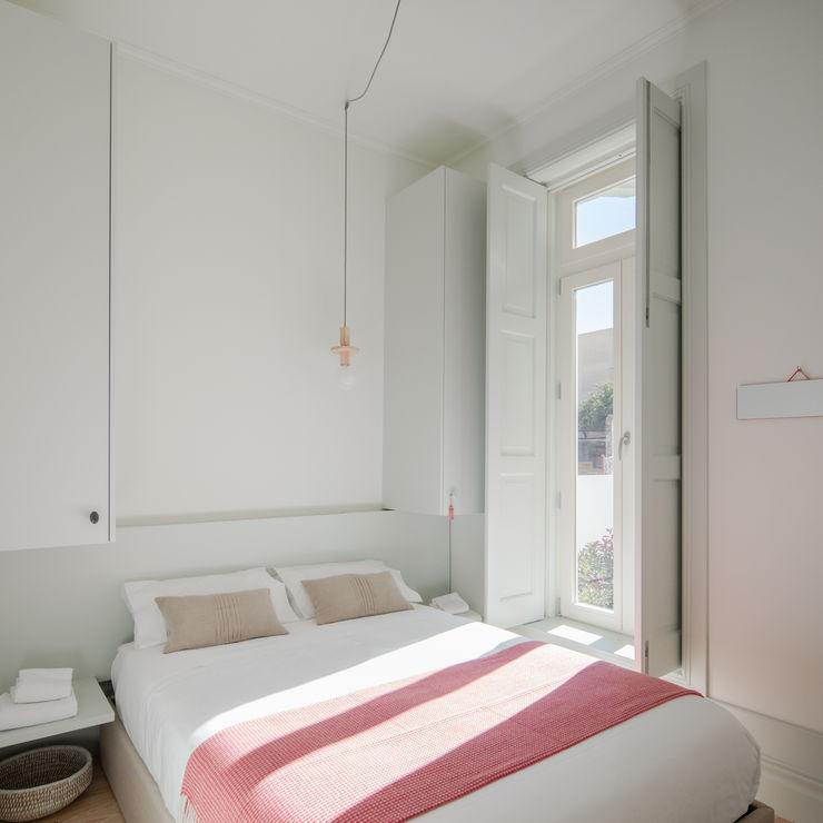 Pedro Ferreira Architecture Studio Lda Minimalistische Schlafzimmer