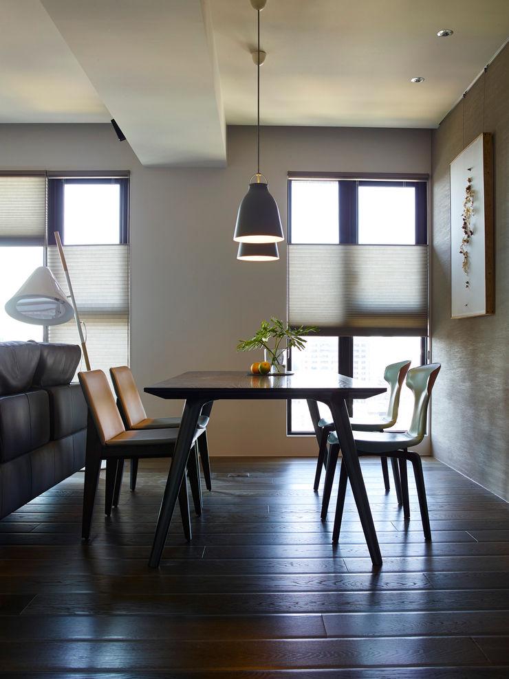 餐廳 樸十設計有限公司 SIMPURE Design Modern dining room