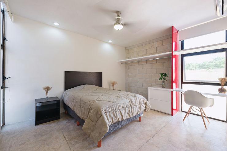Duarte Aznar Arquitectos 臥室 強化水泥 White