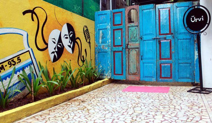 Dezinebox 辦公大樓 Multicolored