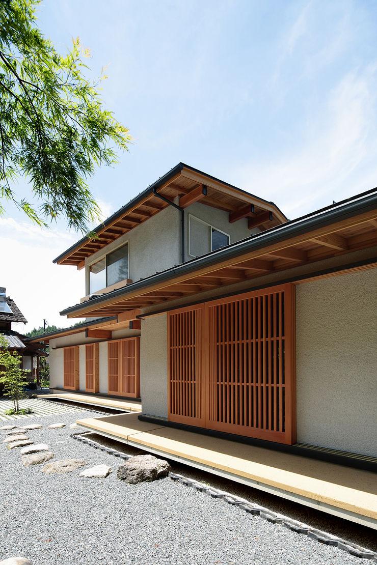 山道勉建築 Scandinavian style houses Wood White