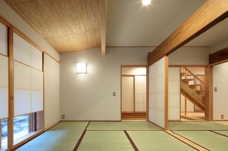 山道勉建築 Media room Wood White