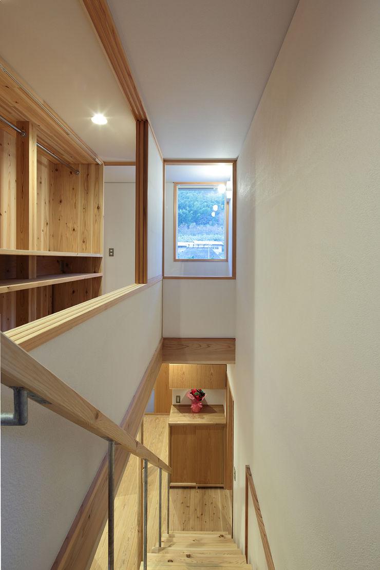 山道勉建築 Scandinavian style conservatory Wood White