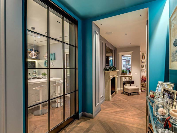 ENGLEN MOB ARCHITECTS Ingresso, Corridoio & Scale in stile moderno