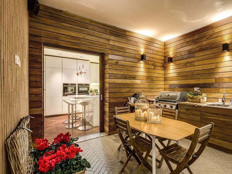 ENGLEN MOB ARCHITECTS Balcone, Veranda & Terrazza in stile moderno
