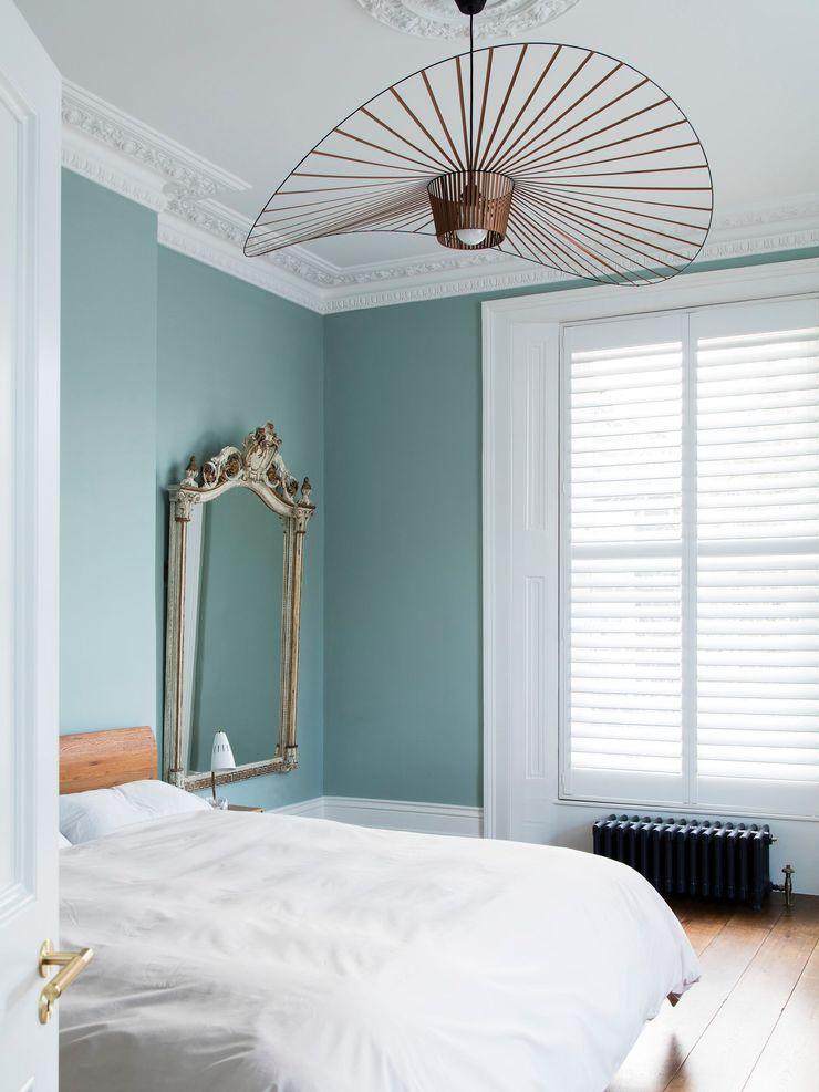 Master bedroom Brosh Architects Modern Bedroom