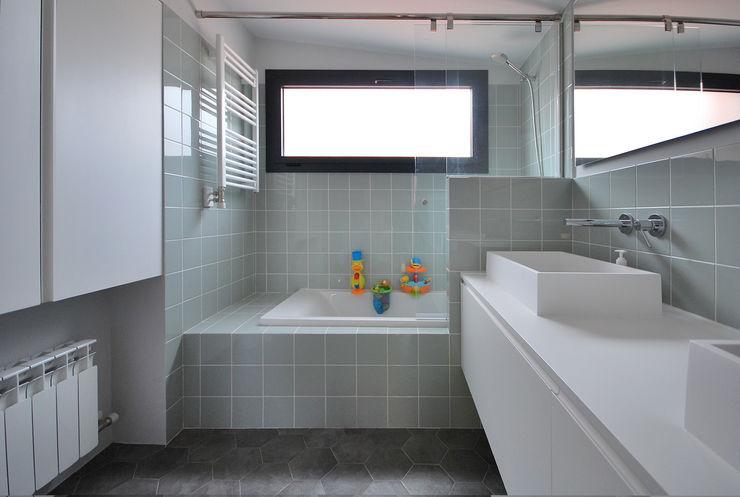 Baño Principal homify Baños de estilo industrial