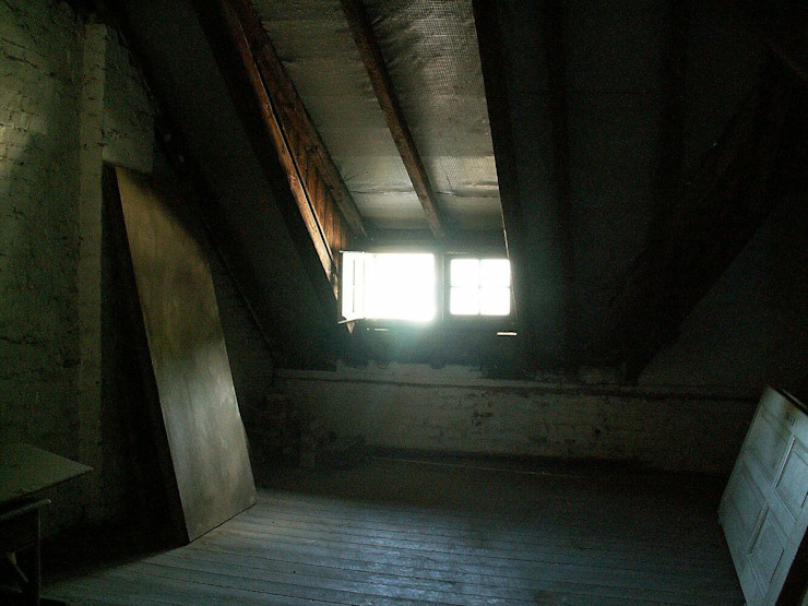 Vorher Dachgeschoss im Denkmal schüller.innenarchitektur