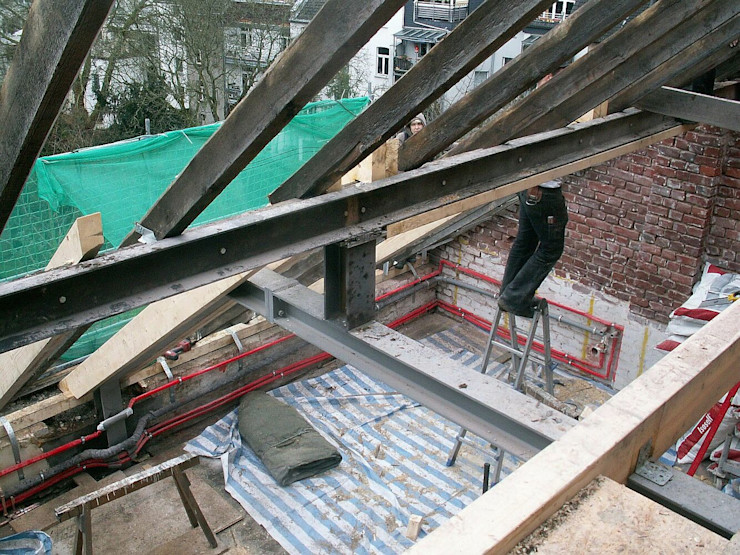Bauphase Dachgeschoss im Denkmal schüller.innenarchitektur