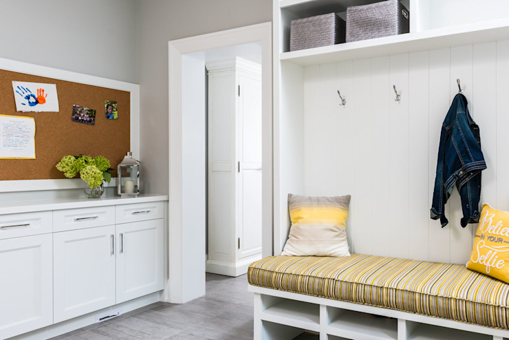 Functional mudroom Frahm Interiors Modern Corridor, Hallway and Staircase