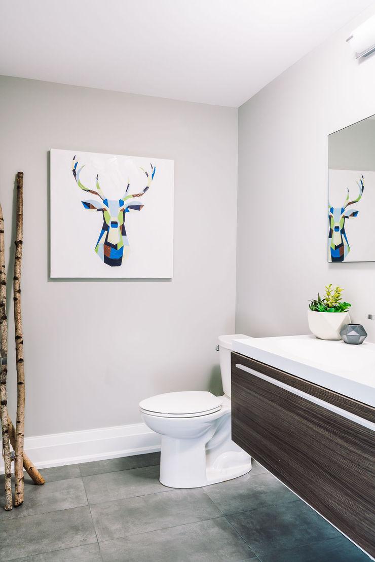 Modern bathroom Frahm Interiors Modern Bathroom Grey