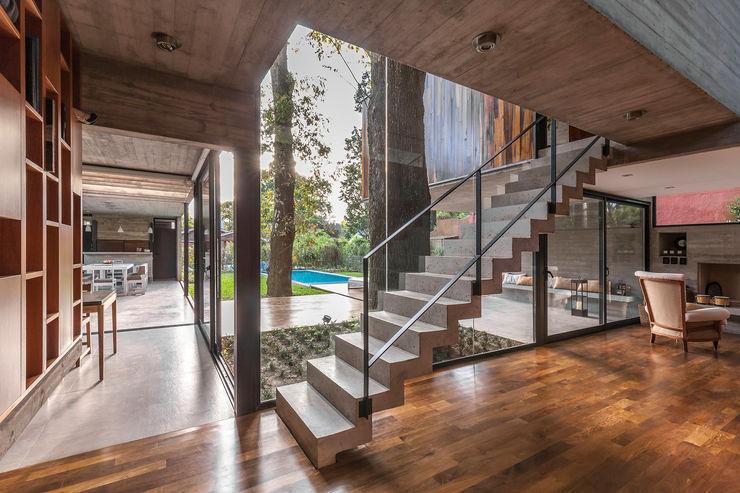 Besonías Almeida arquitectos Stairs Concrete