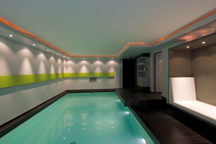 Schwimmbad H Architekturbüro zwo P Moderne Pools